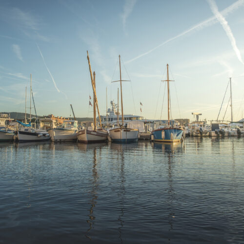 yachts in saint tropez bay web